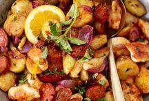 Kochrezepte: Geflügel / Ob Festtags-Braten oder schnelles Fleischgericht - hier gibt es Abwechslung für Geflügelliebhaber.
