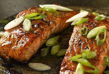 Kochrezepte: Fisch / Ob aus der Pfanne oder dem Backofen, überbacken oder als Suppe - Fischgerichte sind gesund, lecker und leicht zuzubereiten.