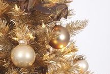 Glamourous GOLD / Caramel. Flaxen. Honey. Champagne. 24K. Nothing tops glamour the way gold does! / by Treetopia Christmas Trees