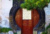 Door Decor / Showcase Of Doors Interiors & Exteriors / by Wendy Tomoyasu