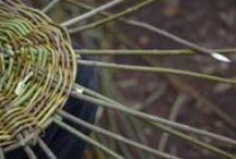 Basket / Baskets, weaving, picnic baskets, wicker baskets, basket weaving, woven baskets, basket weaving supplies, how to weave a basket, weaving patterns, decorative baskets, pine needle baskets, seagrass baskets.