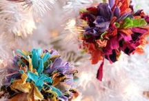 Unique Ornaments / Make your holiday celebrations truly unique with these DIY Christmas tree ornaments ideas