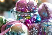 Christmas Sparkles / Liven up your holiday display with bright and shiny ornaments