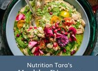 Healthy Dinners / Are you looking for healthy dinners? Maybe quick dinners for your busy week, or fun dinners you can make as a family on the weekends? Here are some great options! www.taracoleman.com