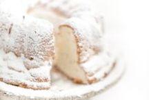 ENTERTAIN:  Sweet On You / Cakes & Pies / by Sophia Zisis-Hazinski