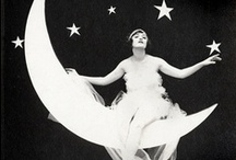Moon Me. / by Elisabeth Dingivan