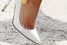 Footwear / by Mélissa Gendron