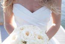 wedding dresses / by Mercedez Hofberg