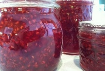 *{prepping}* canning and dehydrating food / by Jo Wilson