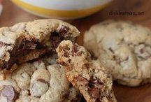 Cookies! / yummeh shweeteh / by Cindy Sugai