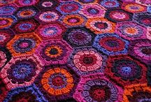 Crochet: Hexagons / Six sides to beauty. / by Edna Lötter Botha