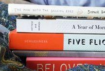 Must Love Books / by Juli Bey