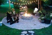 Backyard / Outdoor Spaces | Outdoor Entertaining / backyard retreats, outdoor spaces, patio, deck, bbq area, outdoor kitchen, outdoor entertaining, dining outside