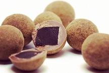Bonbon réglisse Lakrids / Les Lakrids by Johan Bülow sont des bonbons réglisse danois : réglisse noire, salmiak, pimenté, réglisse et chocolat. http://rue-paradis.fr / by Rue Paradis