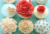 Cupcakes / by Brianna