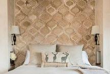 on the wall / wallpapers - weathered walls - wall decoration in natural colours