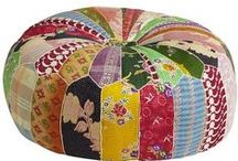 Pillows | Cushions / by Rebecca Duerst