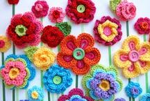 Create | Crochet Flowers / by Kelly Lemmons