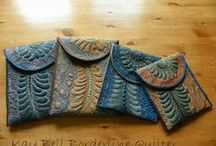 Purses and Bags / by Sylvia Gauthier