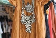 Jewels Rush In / Fabulous jewelry and how to wear it.