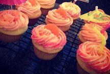 Hello, Cupcake! / Never met a cupcake I didn't like!