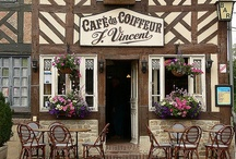 EUROPE : Courtyards & Cafes / by Monique Robinson