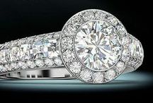 The Round Brilliant / Engagement rings with a round center stone.