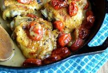 Dinner Recipes / It's dinnertime! This board is a compilation of my favorite dinner recipe ideas. Family meals, family dinner, dinner recipes, dinner ideas, healthy dinners, healthy suppers, healthy dinner recipes, recipe ideas