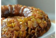 Apple Recipes / This board is all about apple recipes. Apple cake, Apple upside down cake, apple pie, apple cider, apple donuts, apple appetizers, apple desserts, applesauce.