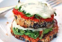 Mmmmm, Looks Yummy! / by Hollie Hoffman
