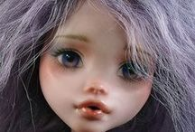 Make Under and Repaint dolls / by Like2makethings