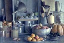 dans la cuisine / by Sarah Prall