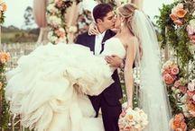 Dream Wedding <3 / by Amanda Cole