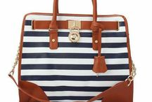 Bags <3 / MMM,... yeah, just let me own you! / by Stephanie Monroy