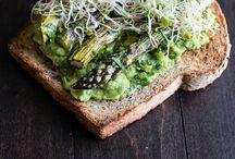 Vegetarian&Vegan Side Dishes / by Nikki Moore