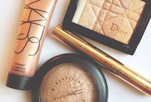 makeup & beauty products / by Heidi Sanchez