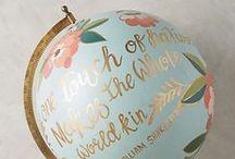 • Globes & Maps •