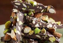 Non Dairy Desserts / Need a special, non-dairy dessert? Find a delicious parve recipe here!