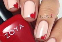 Valentine's Day Nail Art / Looking for romantic nail art for Valentine's Day? Here's some looks we LOVE!