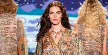 Spring 2014 Runway / Images from the Anna Sui Spring 2014 Fashion Show
