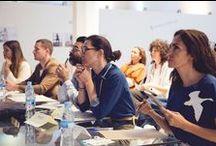 Estilismo e Imagen - IED Madrid / Finaliza la segunda promoción del Diploma IED en Comunicación, Estilismo e imagen de Moda en la que hemos podido disfrutar de la exposición de los interesantes proyectos finales de todos los alumnos de último curso. En la compilación de los proyectos, destaca una consecución de propuestas que bajo paradigmas diferentes resultan competitivas y con presencia dentro del mercado actual del mundo de la moda. Read more en iedmadrid.com