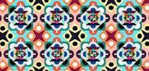 Ilustración y Diseño Conceptual - Danés / Del 24 de noviembre al 13 de diciembre la luminosa paleta de color del estudio danés Hvass&Hannibal viene a templar Madrid en los últimos meses del año con la exposición 10 años. Una mirada al paisaje visual del estudio de diseño danés, dentro del festival Días Nórdicos.