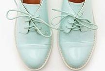 Shoes / by Rita Ribeiro