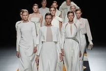 Dresses [white, ivory, nude, brown] / by Lorenα Coeℓho