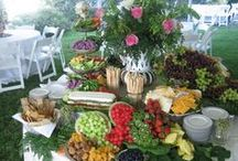 Party Ideas, centerpieces, flowers & tablescapes / party ideas and table scapes