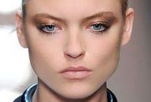 Idées make-up / Conseils et astuces pour les yeux, le teint, les lèvres : http://www.journaldesfemmes.com/beaute/maquillage/