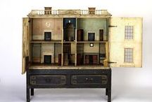 Old Dollhouse & Miniatures