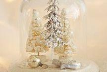 ♥ C H R I S T M A S ♥ / CHRISTMAS - IN ALL ITS TACKLY GLORY.  'TIS THE SEASON TO BE MERRY ETC