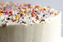 Cake Decorating Awesomeness / by Danielle Anderson