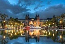 Amsterdam / Deze mooie stad moet je gewoon gezien hebben. http://www.weekendjeweg.nl/stad/amsterdam/ #Amsterdam #hotel #weekendjeweg #weekend